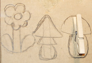 Рисунок декоративного элемента на картоне