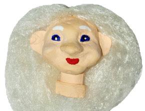 Бабка. Голова куклы-перчатки из папье-маше, покрашенная в основной цвет
