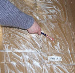 Как нужно склеивать картонные листы
