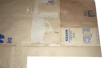 Однослойные отгибы на передней панели для закрепления боковых панелей