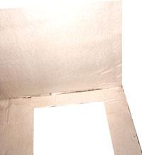 Обклейка верха ширмы с внутренней стороны однотонной бумагой